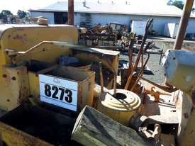 1964 Caterpillar D6B Bulldozer *DISMANTLING* - picture8' - Click to enlarge