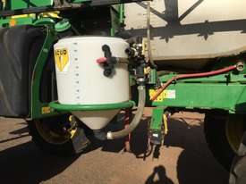 John Deere 4940 Boom Spray Sprayer - picture3' - Click to enlarge