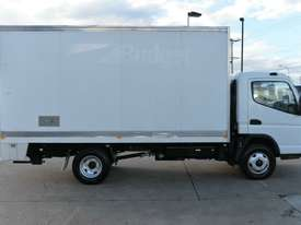 2010 MITSUBISHI CANTER FUSO Pantech   - picture8' - Click to enlarge