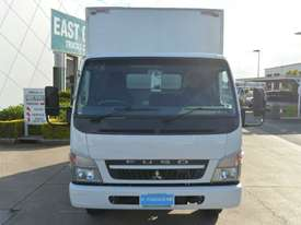 2010 MITSUBISHI CANTER FUSO Pantech   - picture16' - Click to enlarge