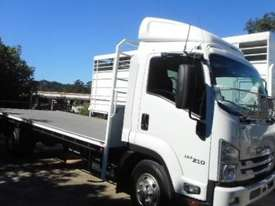 2016 Isuzu FRR 107 210 Table / Tray Top - picture0' - Click to enlarge