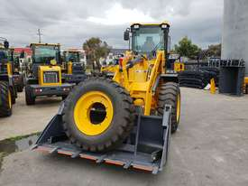 NEW VICTORY VL300XL WHEEL LOADER - picture2' - Click to enlarge