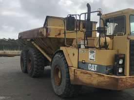 Dump truck articulated D350D - picture1' - Click to enlarge