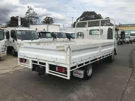 Isuzu NPR200 Tray Truck - picture6' - Click to enlarge