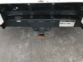 Isuzu NPR200 Tray Truck - picture15' - Click to enlarge