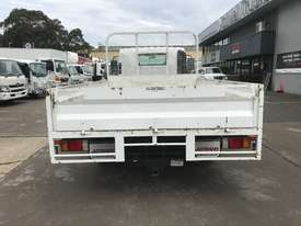 Isuzu NPR200 Tray Truck - picture4' - Click to enlarge
