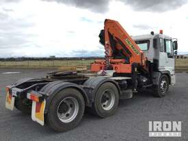 2004 Hino FS1K 6x4 Prime Mover w/Crane - picture3' - Click to enlarge