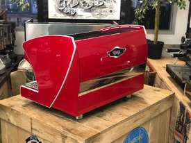 WEGA POLARIS TRON 2 GROUP RED ESPRESSO COFFEE MACHINE NEW - picture4' - Click to enlarge