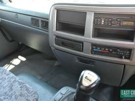 2009 NISSAN UD PK9 Tray Top   - picture13' - Click to enlarge