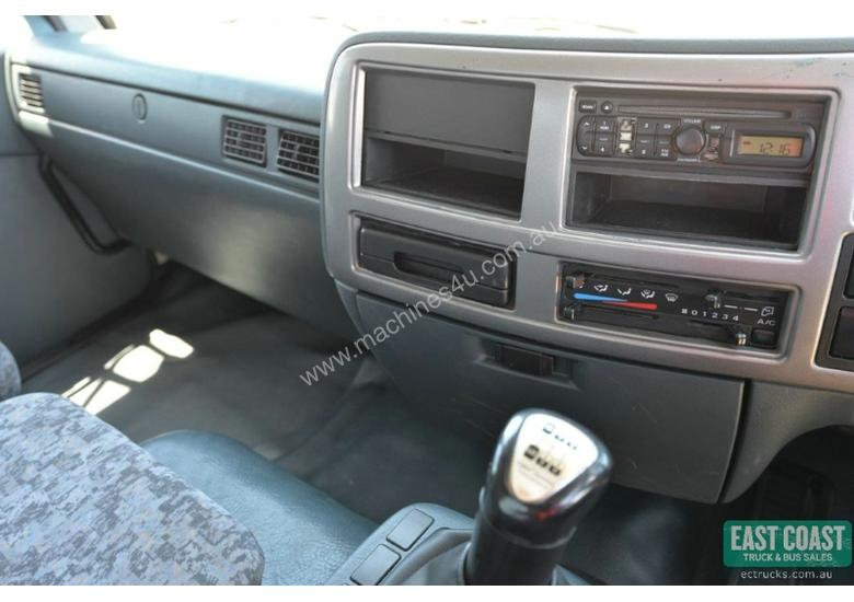 2009 NISSAN UD PK9 Tray Top