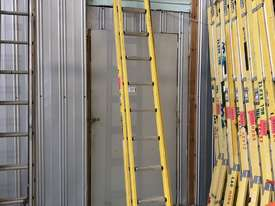 Branach FiberglassExtension Ladder 3.9 - 6.4 Meter Industrial Quality - picture7' - Click to enlarge