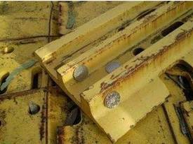 Komatsu D155 Triple Bar Growsers FULL SET - picture1' - Click to enlarge