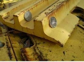 Komatsu D155 Triple Bar Growsers FULL SET - picture2' - Click to enlarge