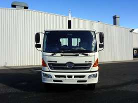 2008 Hino FM 2627 16 Ton Hooklift Truck - picture2' - Click to enlarge