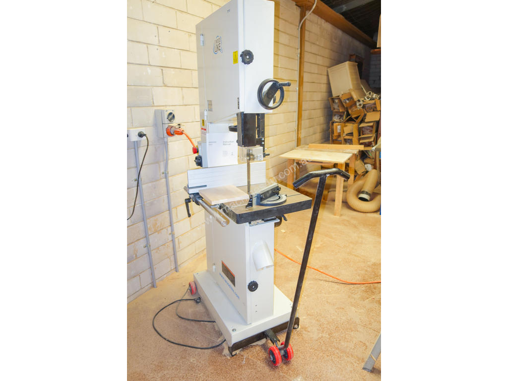 used 2015 artisan for gabbetts machinery 400b wood bandsaw in padstow, nsw  price: $1,800 <509819>
