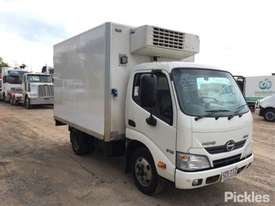 2013 Hino 300 616 - picture1' - Click to enlarge