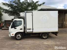 2013 Hino 300 616 - picture4' - Click to enlarge