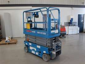 Scissor Lift - 19' (7.79m) Narrow Electric  - picture0' - Click to enlarge