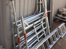 Double Width Aluminium Mobile Scaffold - picture1' - Click to enlarge