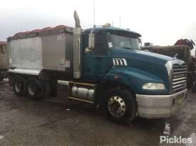 2012 Mack Granite - picture0' - Click to enlarge