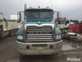 2012 Mack Granite - picture1' - Click to enlarge