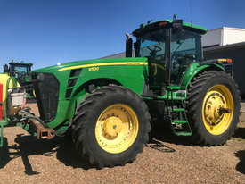 John Deere 8530 FWA/4WD Tractor - picture0' - Click to enlarge