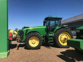 John Deere 8530 FWA/4WD Tractor - picture1' - Click to enlarge