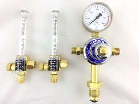 Harris Argon Regulator & Twin Flow Meters Vertical Gas Inlet Bottom Entry 30 LPM 821DB2 - picture1' - Click to enlarge