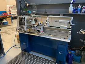 Hafco Metalmaster AL-960B Lathe with DSRO and cabinet stand - picture0' - Click to enlarge