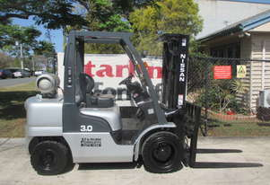 Nissan 3 ton Container Mast Used Forklift  #1501