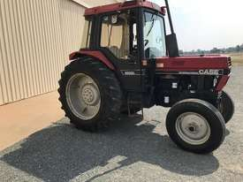 International 685xl - picture0' - Click to enlarge