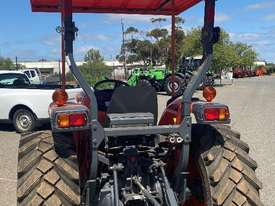 Kubota MX5100 4 x 4 Tractor, 171 Hrs - picture2' - Click to enlarge
