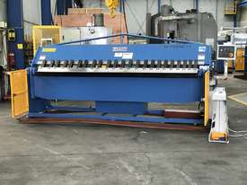 3200mm x 4mm Aussie Designed Heavy Duty Model - Calibrated Backgauge - picture0' - Click to enlarge