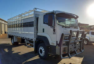 Isuzu FXR 1000 Stock/Cattle crate Truck