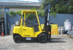 Hyster 2.5 ton, LPG Repainted Used Forklift  #1558