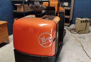 Toyota BT 2.5T Electric Pallet Mover