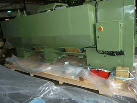 Ajax Chin Hung 560, 660 & 760mm swing Lathes - picture8' - Click to enlarge
