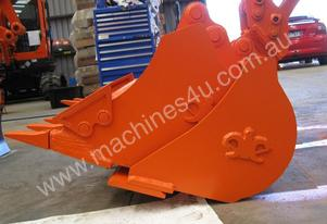 1 Tonne Excavator Attachment Bucket Kit