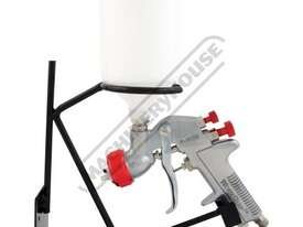 P-102G Gravity Feed - Spray Gun 1.4, 1.8 & 2.5mm Fluid Tips - picture0' - Click to enlarge