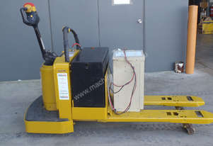 Yale Pallet Mover - Ride On - PRICE REDUCED!