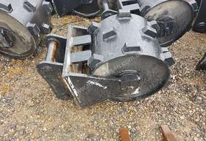 COMPACTION WHEEL SUIT  8-10 TONNE EXCAVATOR