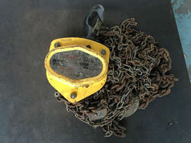 Chain Hoist 2 ton x 6 meter drop lifting Block and Tackle Tuffy - picture0' - Click to enlarge