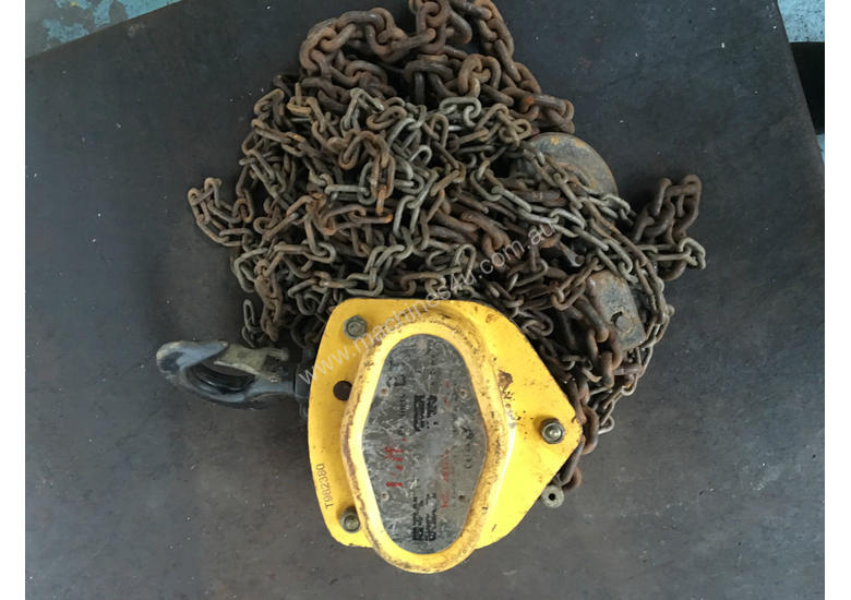 Chain Hoist 2 ton x 6 meter drop lifting Block and Tackle Tuffy