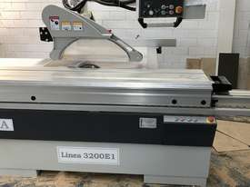 Sliding Table Panel Saw - picture1' - Click to enlarge