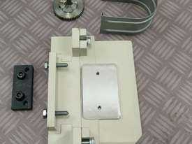 Power Table Feed Horizontal X Axis OPTIMUM V99 Milling Drilling Lathe Machine - picture4' - Click to enlarge