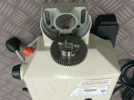 Power Table Feed Horizontal X Axis OPTIMUM V99 Milling Drilling Lathe Machine - picture9' - Click to enlarge