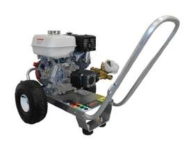 Gerni MC 3C 165/810PE, Petrol Honda Pressure Washeer, 2400PSI - picture0' - Click to enlarge
