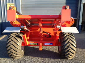 WMI Industries Elite Bale Feeder - picture1' - Click to enlarge
