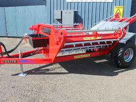 WMI Industries Elite Bale Feeder - picture0' - Click to enlarge