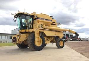 New Holland TR89 Header(Combine) Harvester/Header